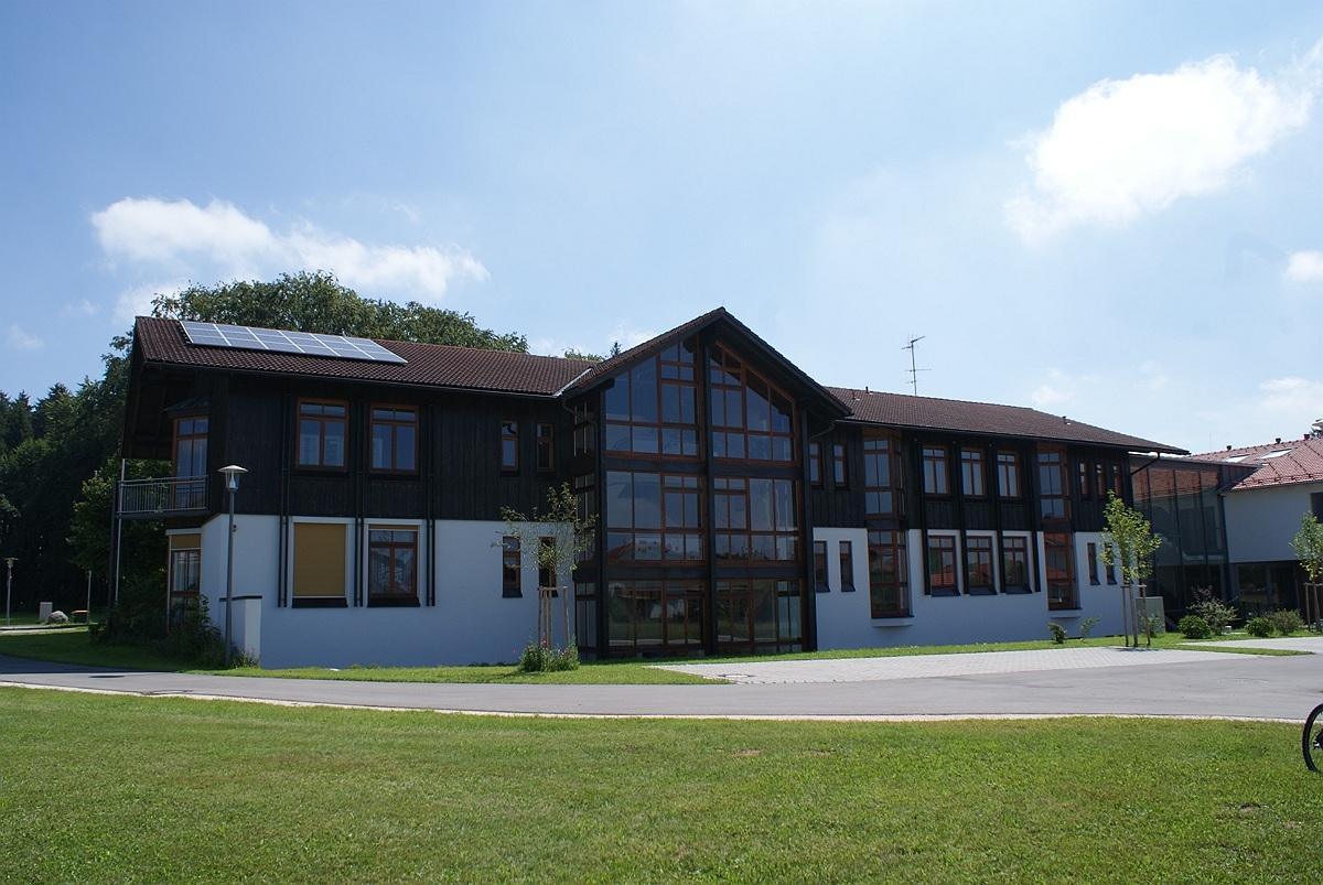 Träger der Grundschule in Wonneberg ist der Schulverband Otting-Wonneberg, der kürzlich eine Versammlung abhielt, bei der es vorwiegend um den diesjährigen Haushalt ging.