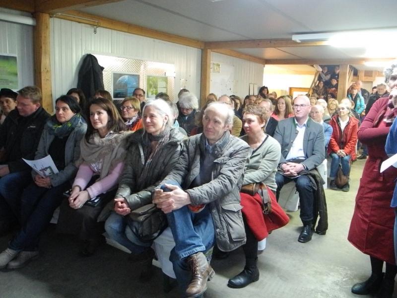 Mit großem Interesse verfolgten die Zuhörer die Ausführungen des Biobetriebs Lecker, der Biogemüsebauern und des Kochteams.