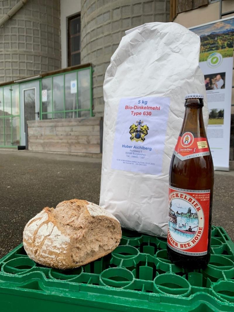 Biobier, Biodinkel und Bioemmer stecken im Fastenbrot von Bäcker Huber. Auch die Klostermönche haben früher gern Bier für ihre Fastenbrote verwendet.