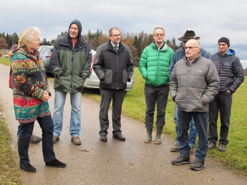 """Bürgermeister Thomas Gasser (3. von links) nahm an der Besichtigung teil und begrüßte die Teilnehmer zum """"Workshop"""" Nachmittag, 2. von rechts: Matthias Spiegelsperger"""