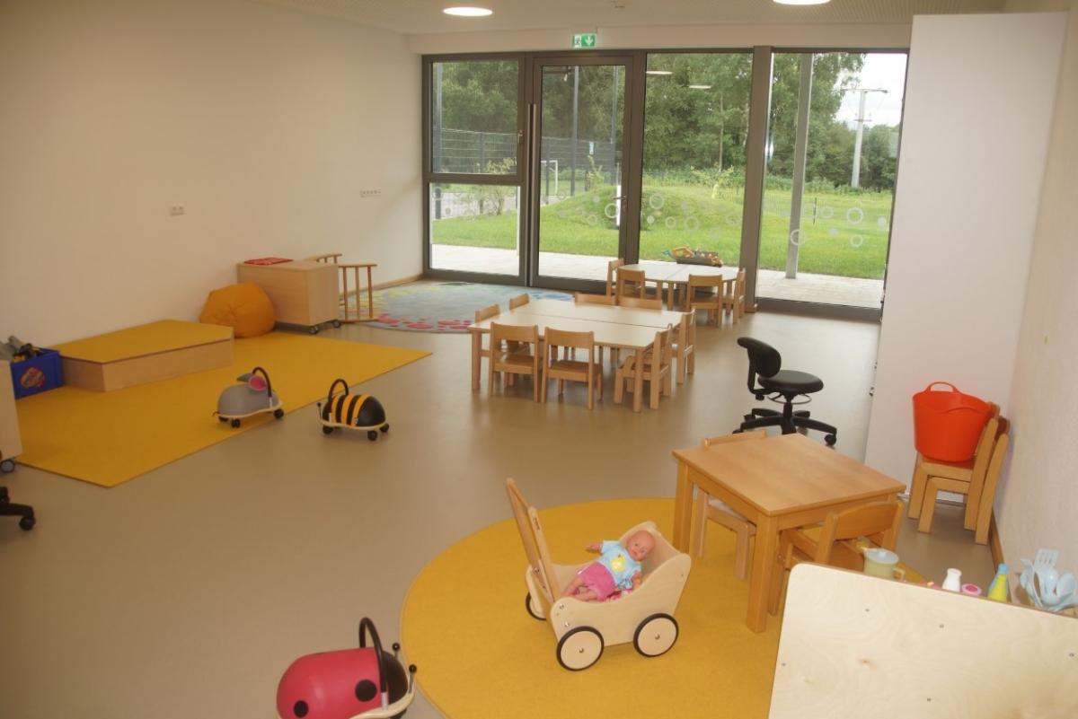 Dieser 50 Quadratmeter große Gruppenraum mit vielerlei Spielmöglichkeiten ist das Zentrum der neuen Kinderkrippe in St. Leonhard, die am 2. September eröffnet wird.